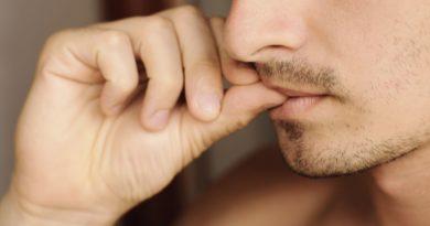 Вредно ли грызть ногти