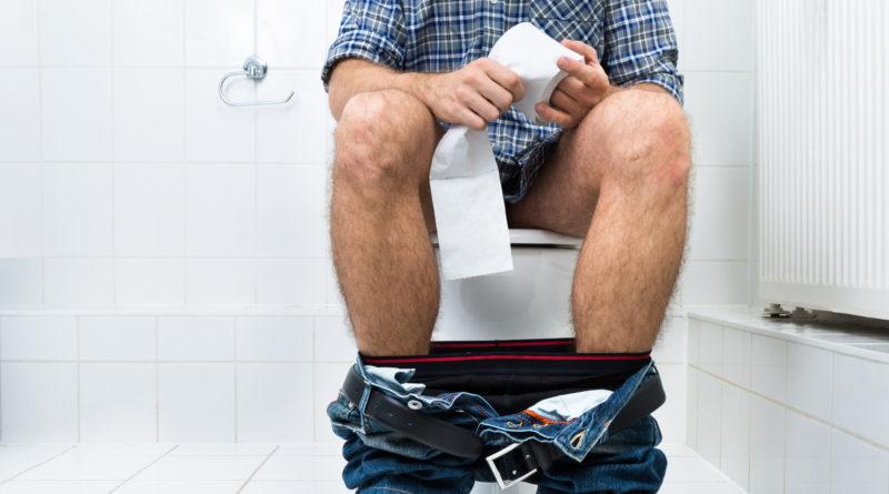 Чем опасны общественные туалеты?